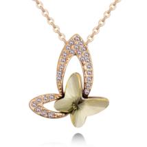 Bűbájos pillangó- borostyán- Swarovski kristályos nyaklánc