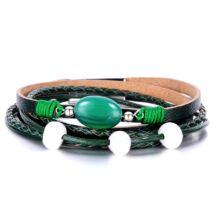 Trend - tekerős bőr karkötő fémbetétekkel és zöld díszekkel 2.