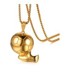 Arany labda medál lánccal