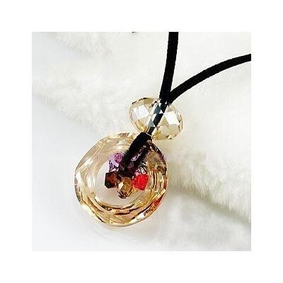 Gyöngyök a körben - Swarovski kristályos - Medál