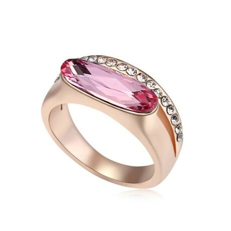 Laura  - Swarovski kristályos gyűrű - rózsaszín