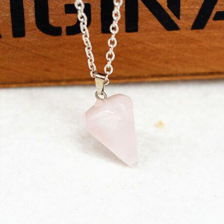Gúla alakú természetes kőből készült nyaklánc - halvány rózsaszín