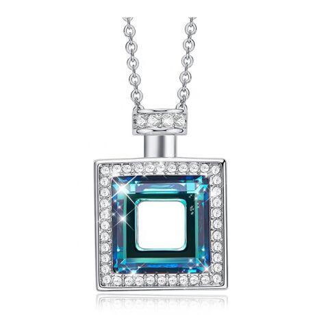 Perfume - Swarovski kristályos nyaklánc kocka- kék